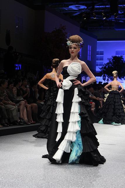 picture courtesy www.deeniseglitz.blogspot.sg