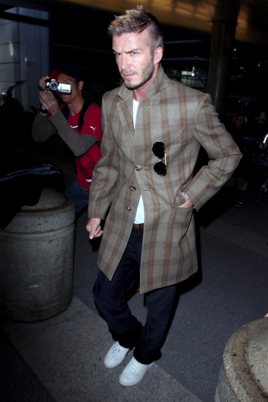 David Beckham in a plaid coat  (Courtesy : denimblog.com)